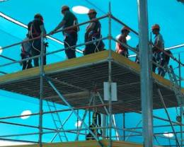עובדים על בטוח: מה קורה בבית הספר לבטיחות של דניה סיבוס?